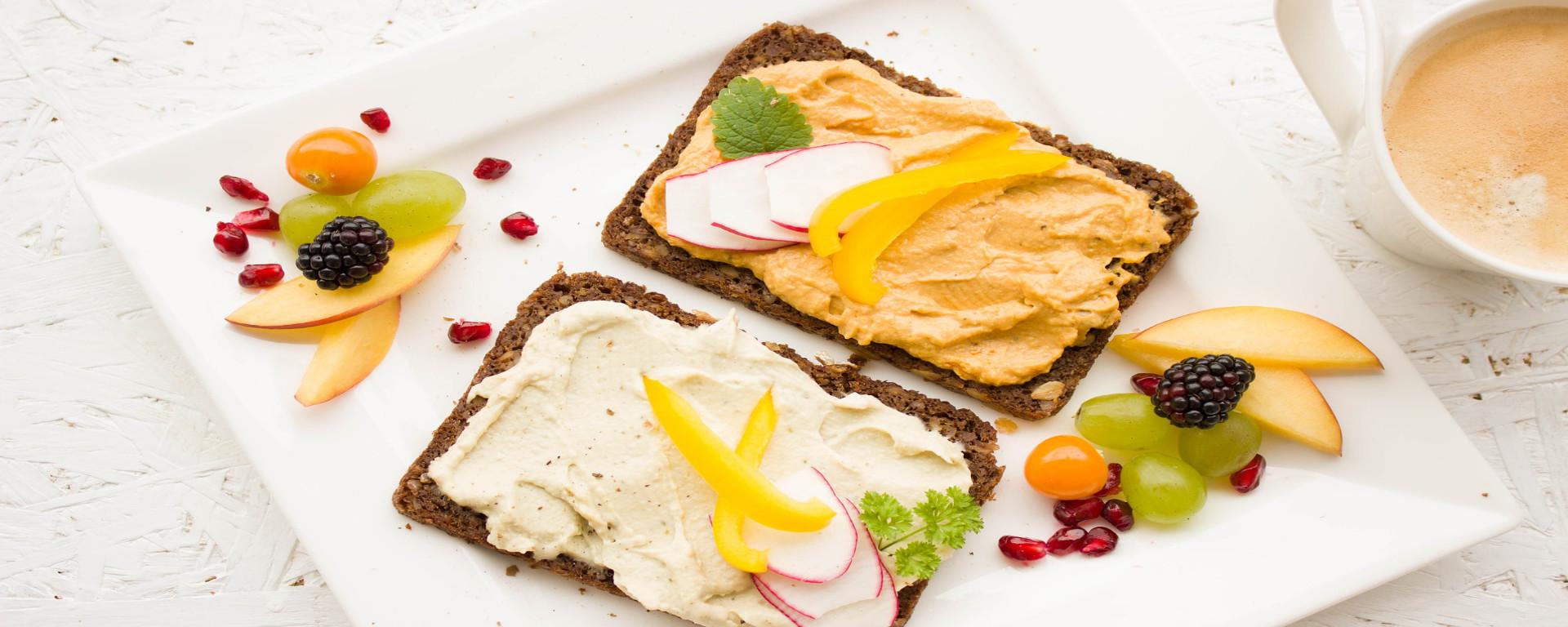 Das SAVOY Hotel Frankfurt DELUXE Frühstücks-Buffet/ Breakfast-Buffet auch für Ausser-Haus-Gäste.