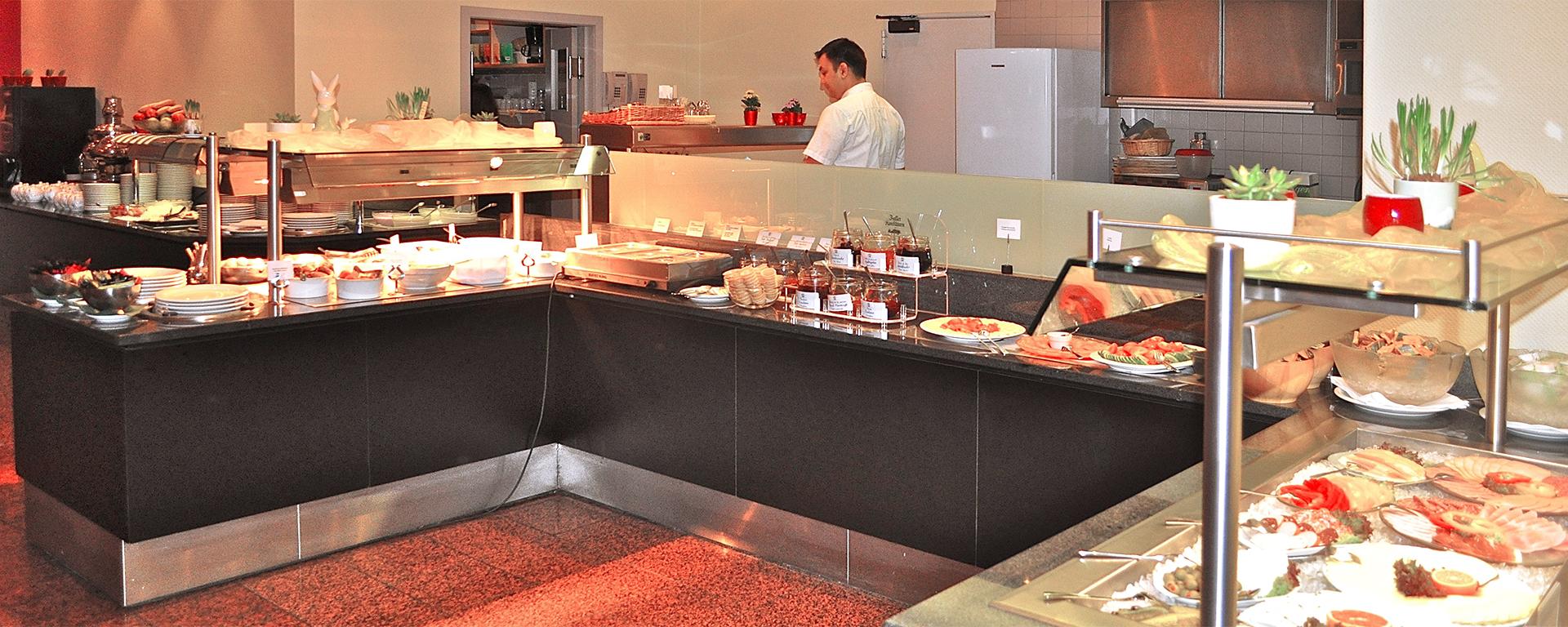 Frühstücks-Buffet - Breakfast-Buffet im SAVOY-Hotel Frankfurt City Stadtmitte für Hausgäste und Ausserhaus-Gäste.
